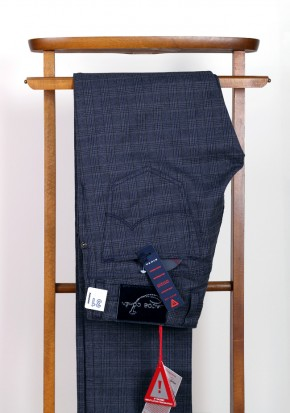 Jacob Cohen Trousers J622 Size 46 / 30 U.S. Cotton - thumbnail | Costume Limité