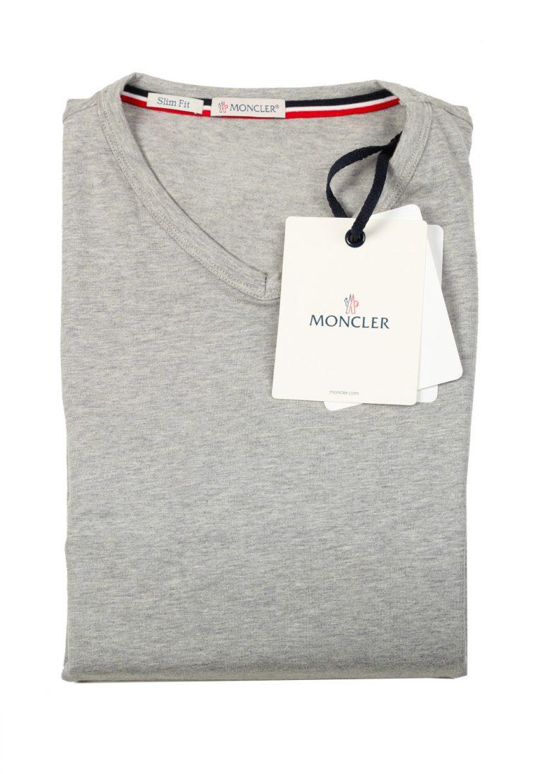 Moncler V Neck Tee Shirt Size L / 40R U.S. Gray - thumbnail | Costume Limité