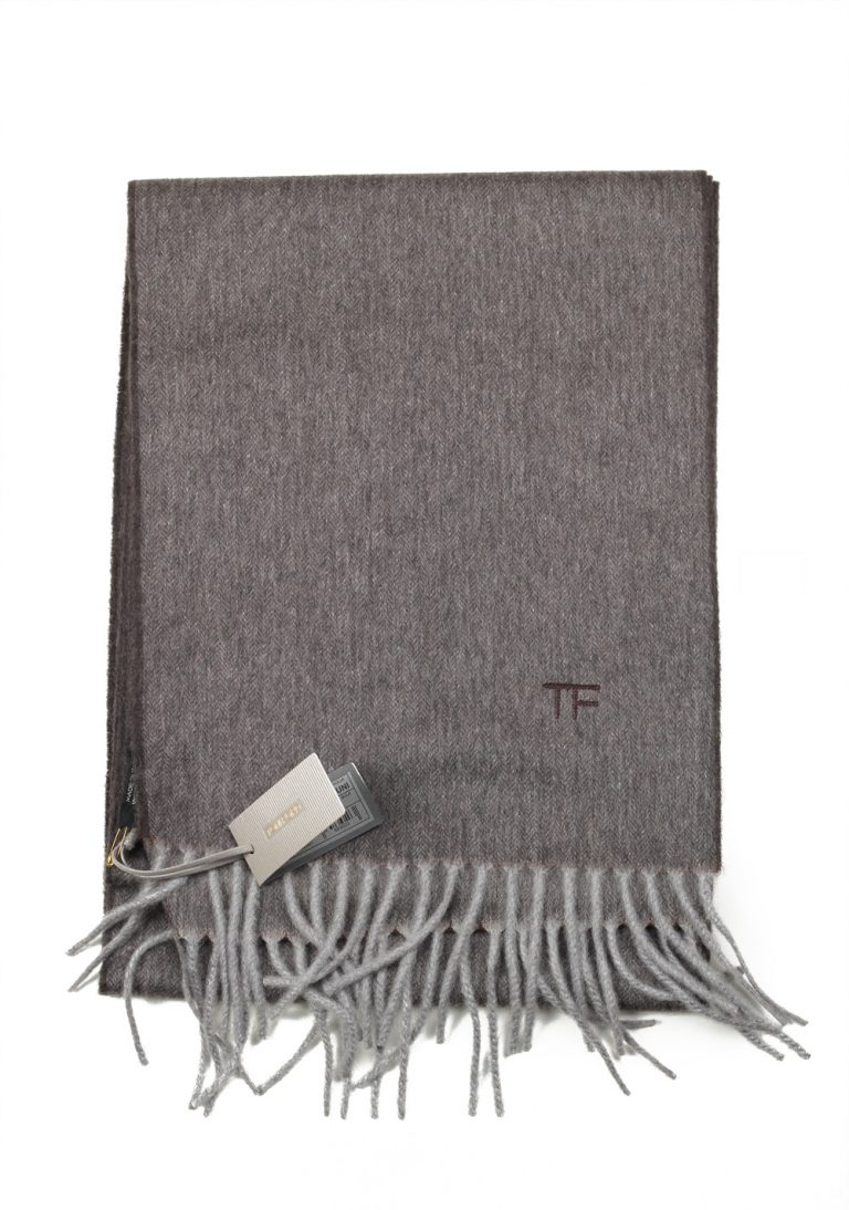 Tom Ford Gray Cashmere Signature Scarf 110″ / 10.5″ - thumbnail | Costume Limité