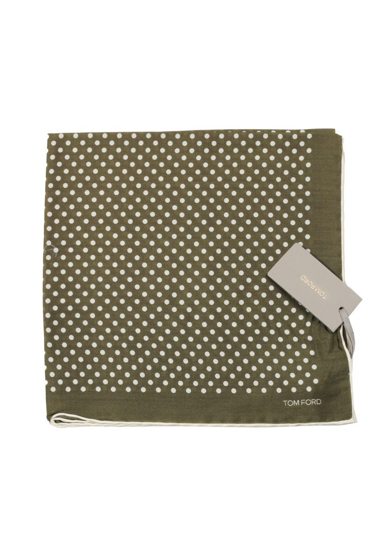Tom Ford Green Silk Pocket Square Dot Pattern 16″ x 16″ - thumbnail   Costume Limité