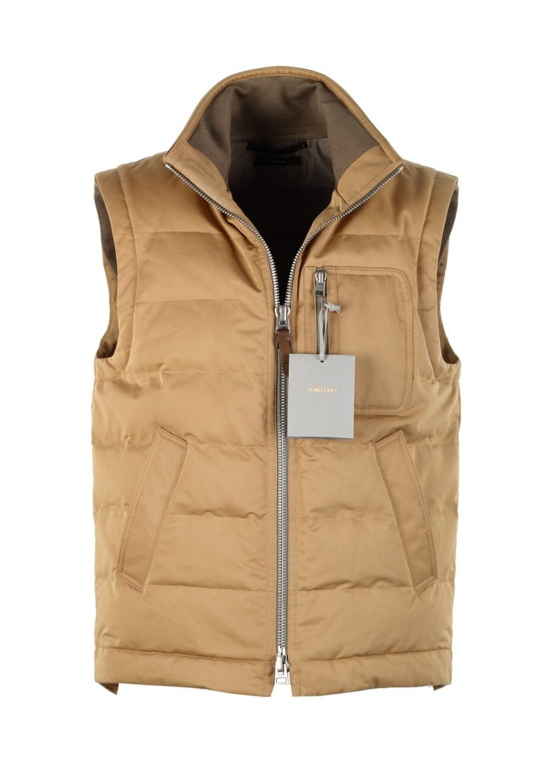 TOM FORD Beige Quilted Shell Down Gilet Vest Size 48 / 38R U.S. Outerwear - thumbnail | Costume Limité
