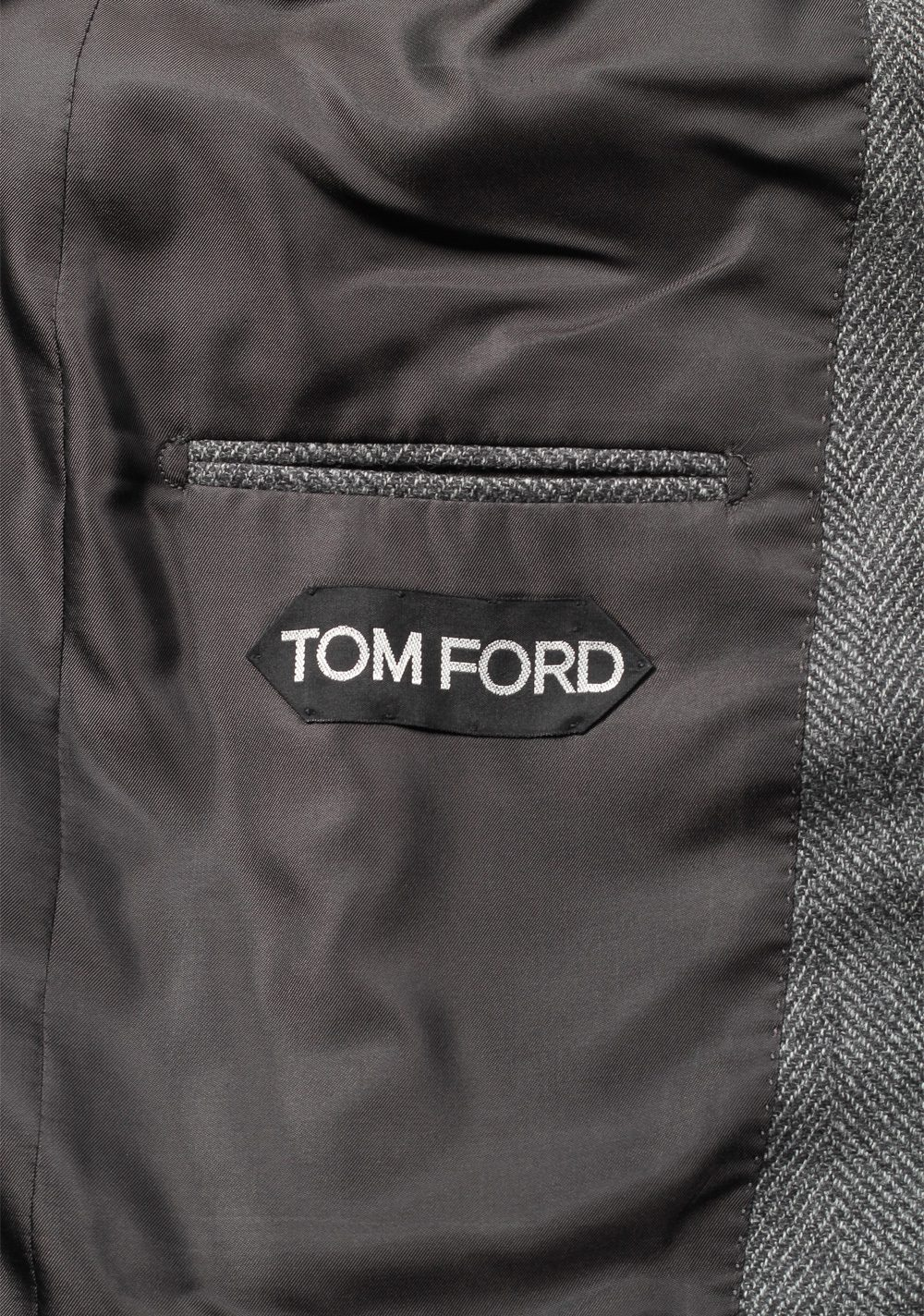 TOM FORD Shelton Gray Suit Size 48 / 38R U.S. In Wool | Costume Limité