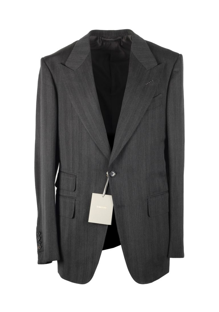 TOM FORD Shelton Gray Suit Size 48 / 38R U.S. In Wool - thumbnail | Costume Limité