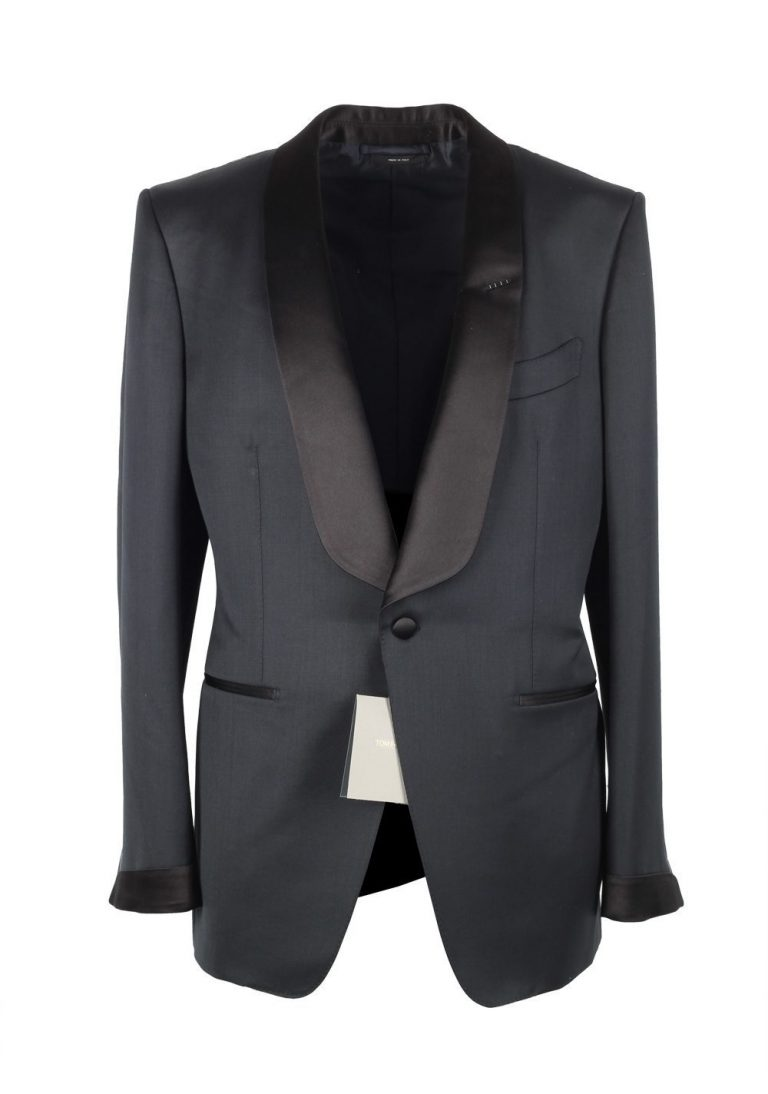 TOM FORD O'Connor Midnight Blue Tuxedo Suit Size 56 / 46R U.S. Shawl Collar Fit Y - thumbnail | Costume Limité