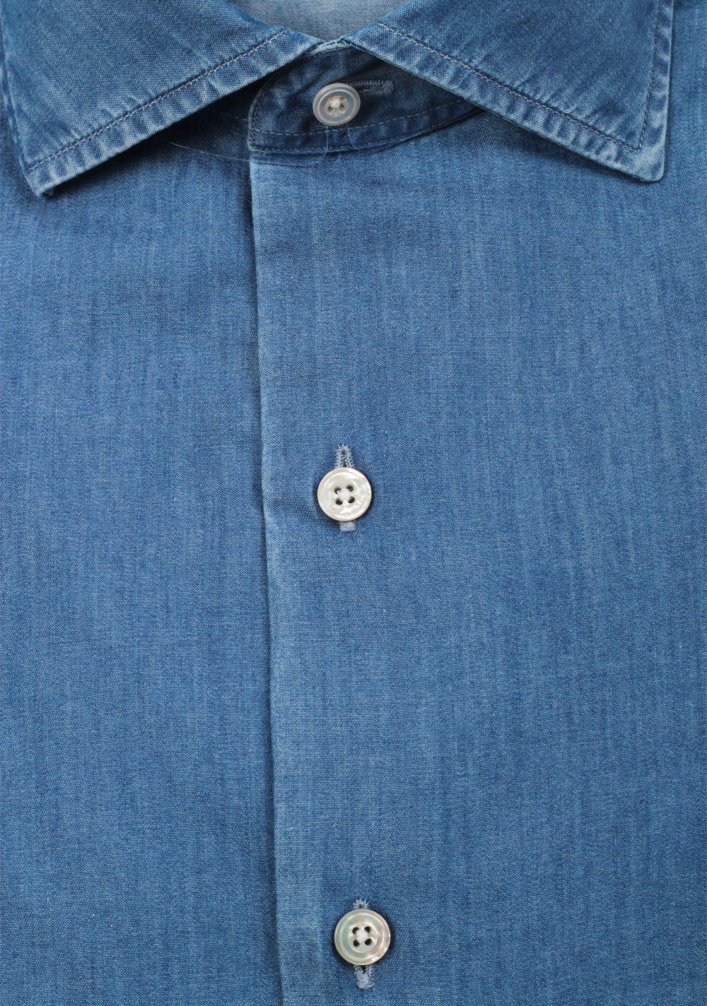 TOM FORD Solid Blue Denim Dress Shirt Size 42 / 16,5 U.S.   Costume Limité