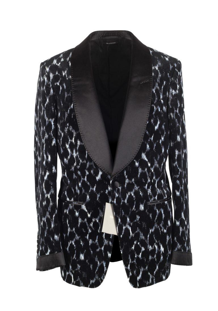 TOM FORD Shelton Black Shawl Collar Sport Coat Tuxedo Dinner Jacket Size 48 / 38R U.S. - thumbnail | Costume Limité