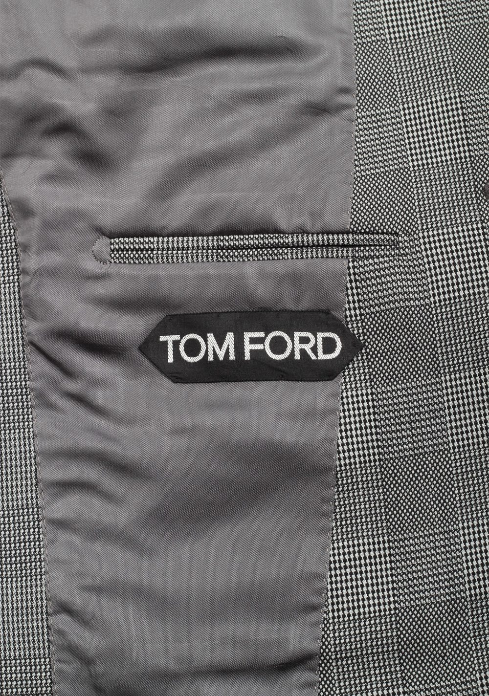 TOM FORD Shelton Checked Gray Suit Size 48 / 38R U.S. In Wool | Costume Limité