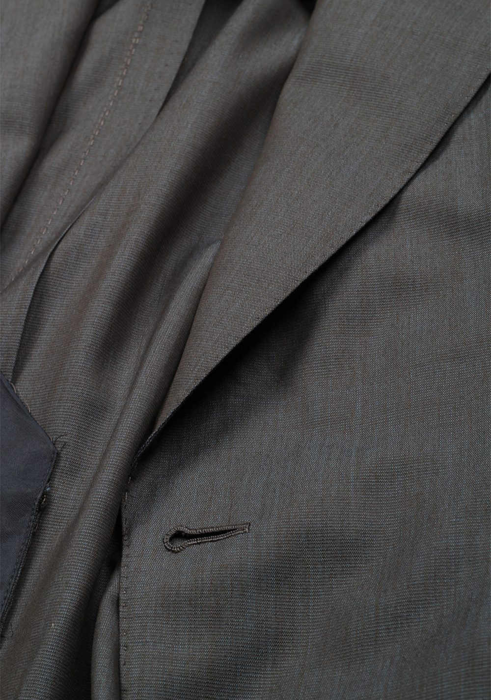 TOM FORD Shelton Gray Suit Size 48 / 38R U.S. In Wool Silk | Costume Limité
