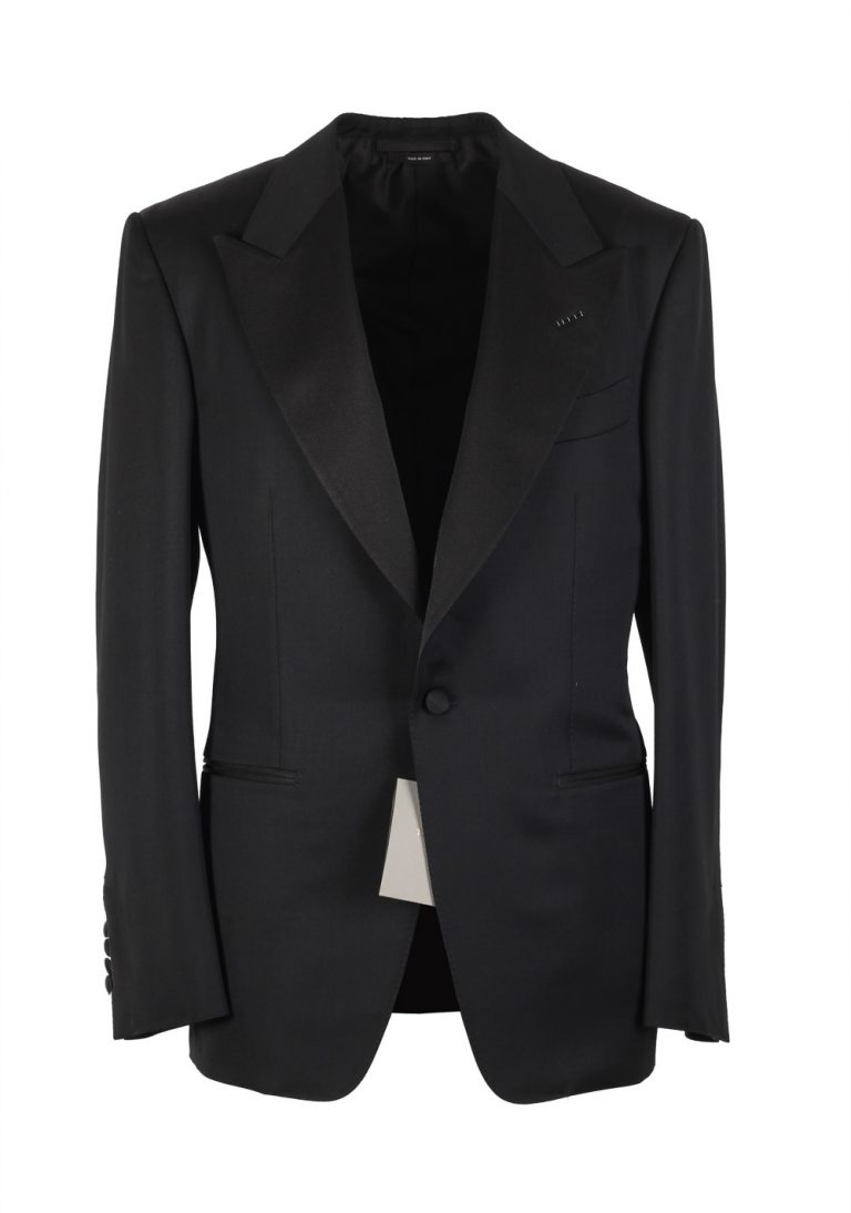 TOM FORD Windsor Black Tuxedo Smoking Suit Size 58 / 48R U.S. Fit A - thumbnail | Costume Limité