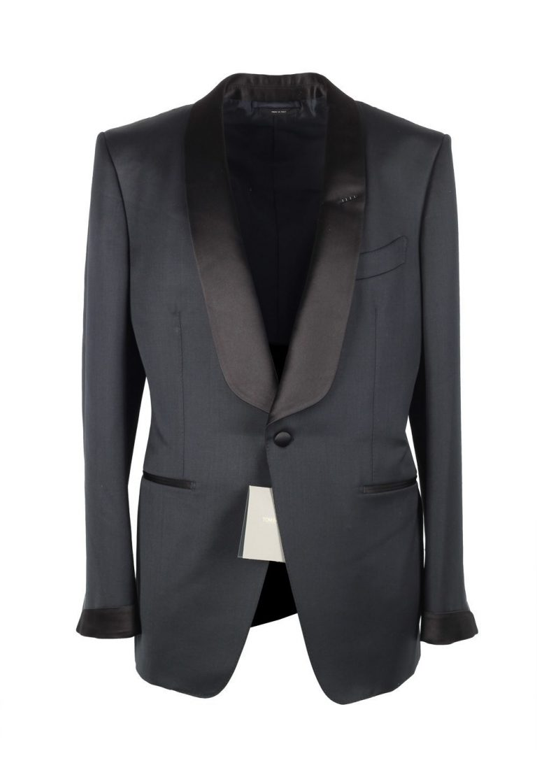 TOM FORD O'Connor Midnight Blue Tuxedo Suit Size 44 / 34R U.S. Shawl Collar Fit Y - thumbnail | Costume Limité