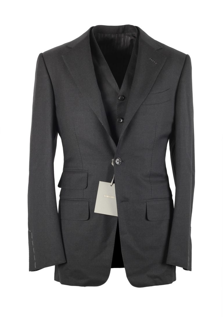 TOM FORD Regency Gray Suit 3 Piece Size 44 / 34R U.S. Wool - thumbnail | Costume Limité