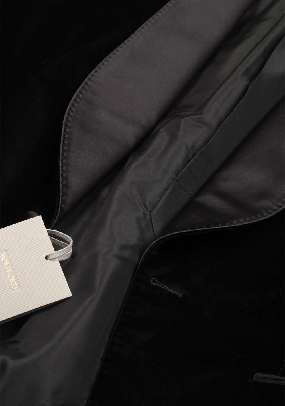 TOM FORD Shelton Black Velvet Tuxedo Dinner Jacket Size 48 / 38R U.S. | Costume Limité