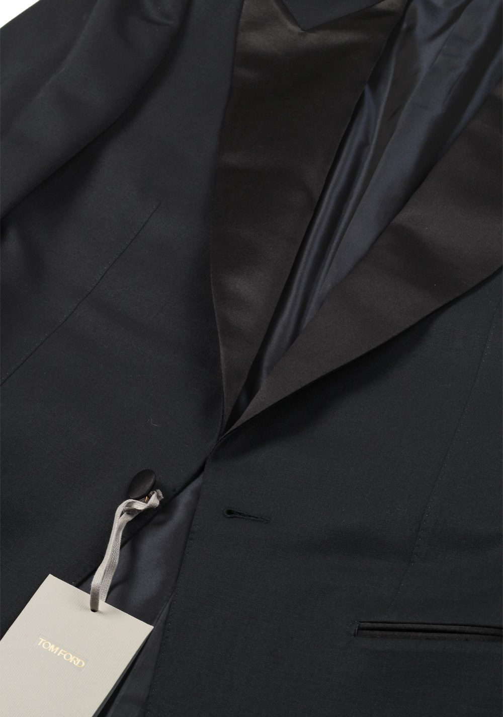 TOM FORD Windsor Black Tuxedo Suit Smoking Size 48 / 38R U.S. Fit A | Costume Limité