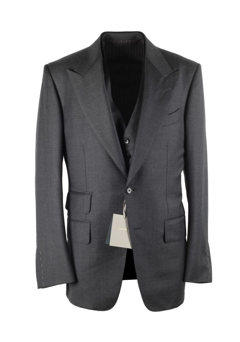 TOM FORD Windsor Gray 3 Piece Suit Size 46 / 36R U.S. Wool Fit A - thumbnail | Costume Limité