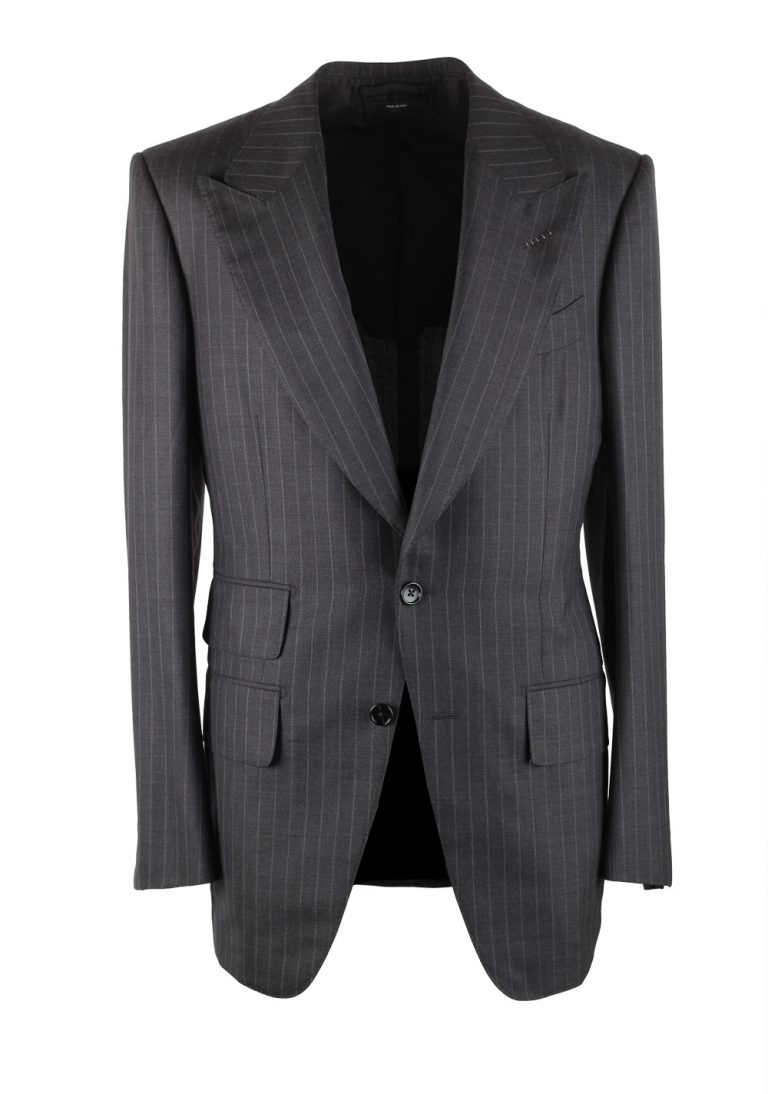 TOM FORD Atticus Gray Striped Suit Size 46 / 36R U.S. - thumbnail | Costume Limité