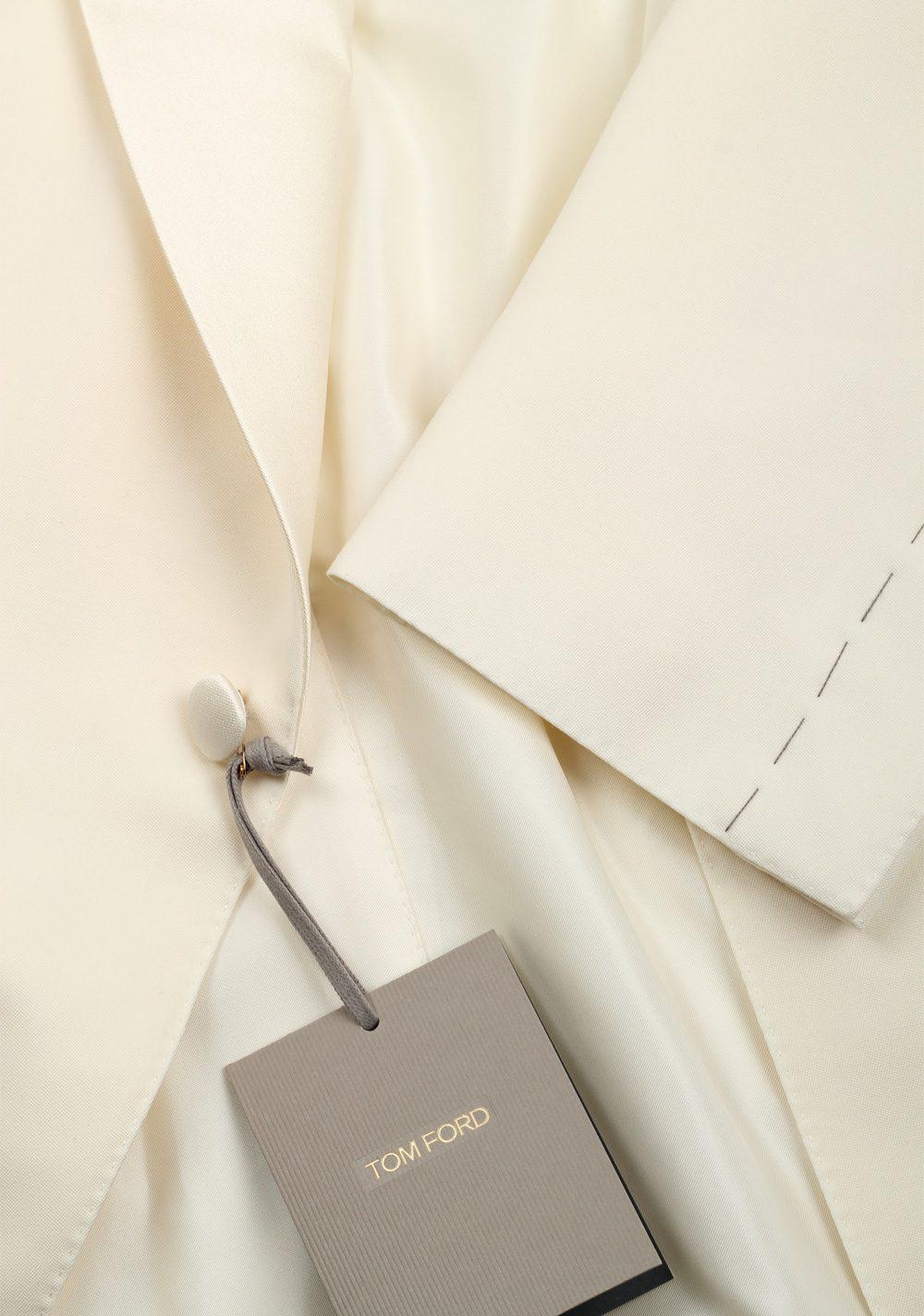 TOM FORD Windsor Ivory Signature Tuxedo Dinner Jacket | Costume Limité