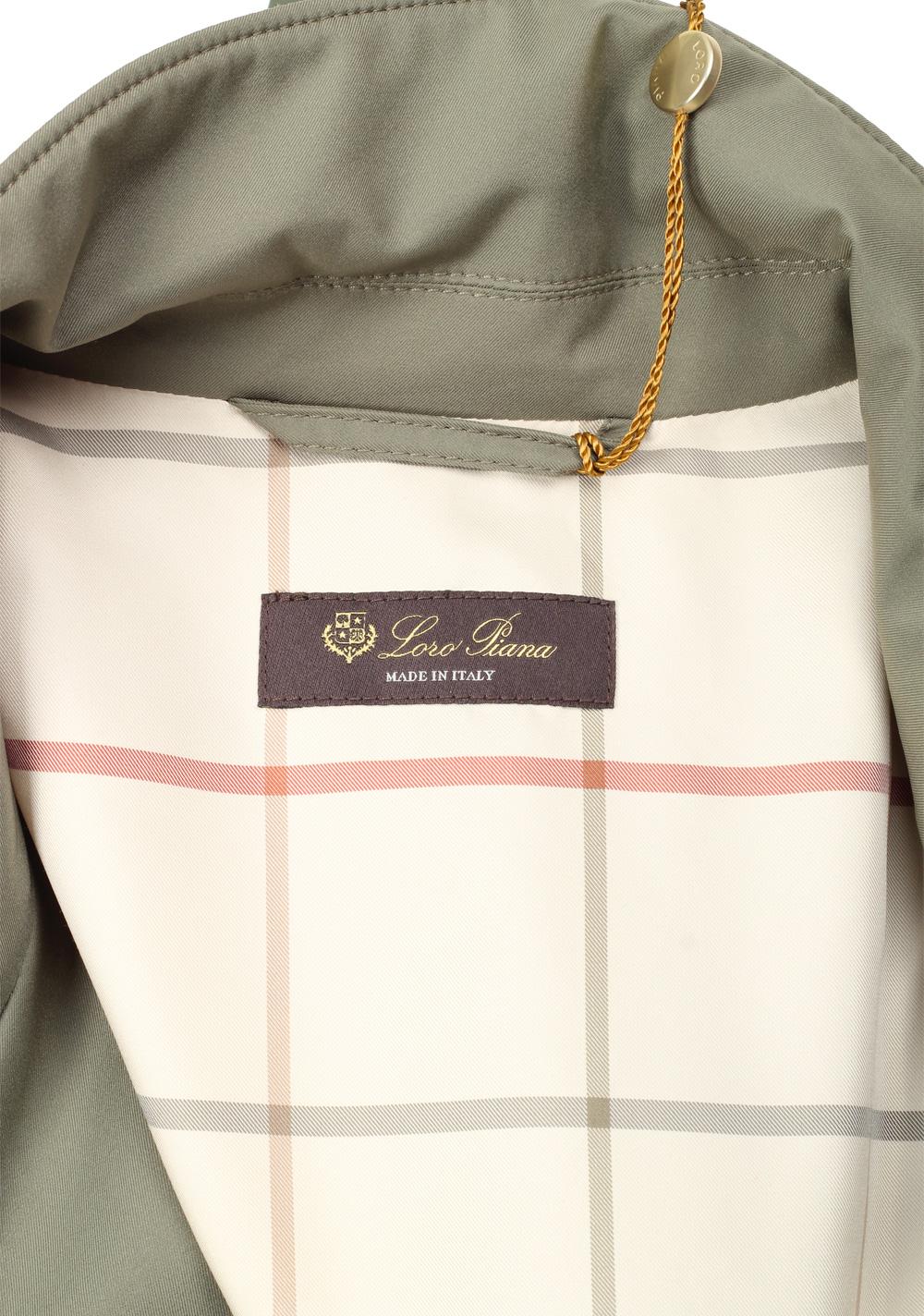Loro Piana Green Storm System Sebring Coat Size XXXL / 48. U.S.  Outerwear | Costume Limité