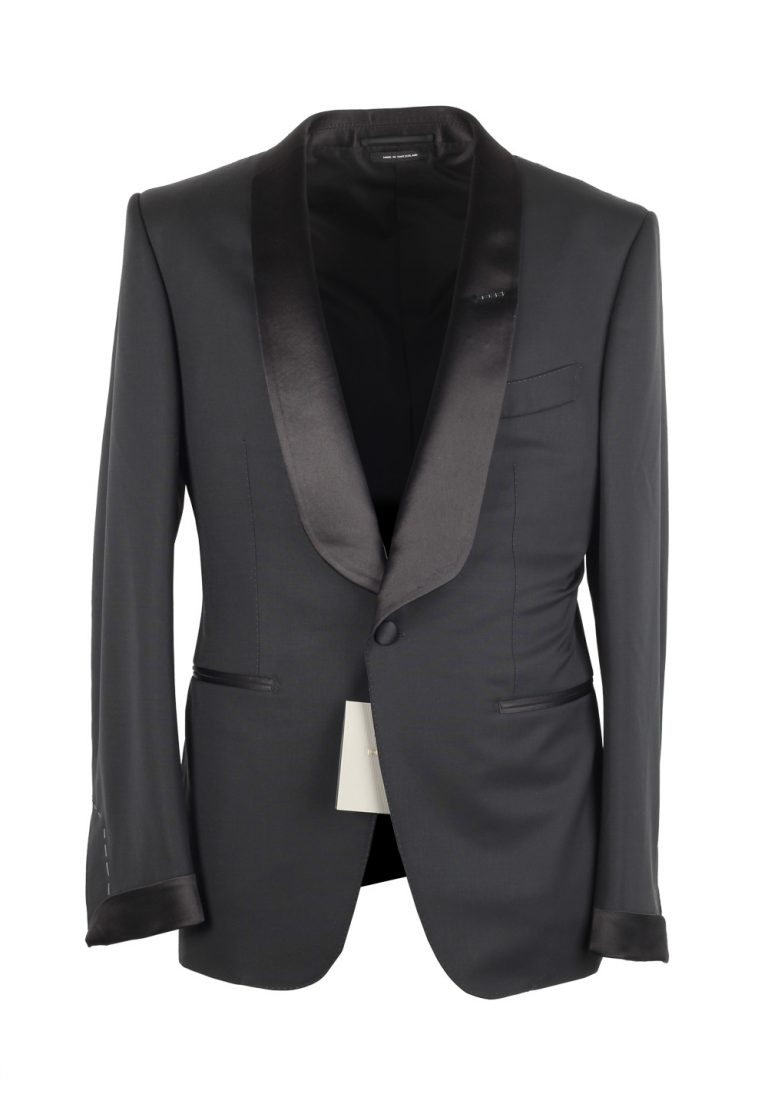TOM FORD O'Connor Black Shawl Collar Tuxedo Suit Size 56 / 46R Fit Y - thumbnail | Costume Limité