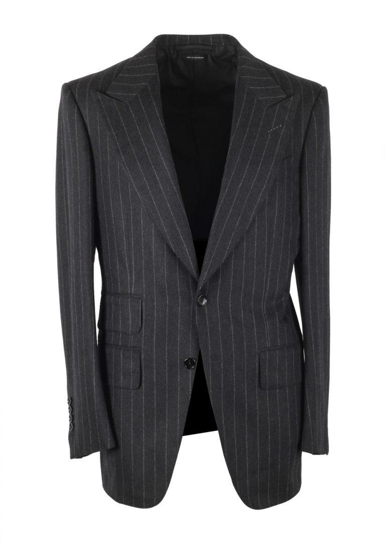 TOM FORD Atticus Gray Striped Flannel Suit Size 46 / 36R U.S. - thumbnail | Costume Limité