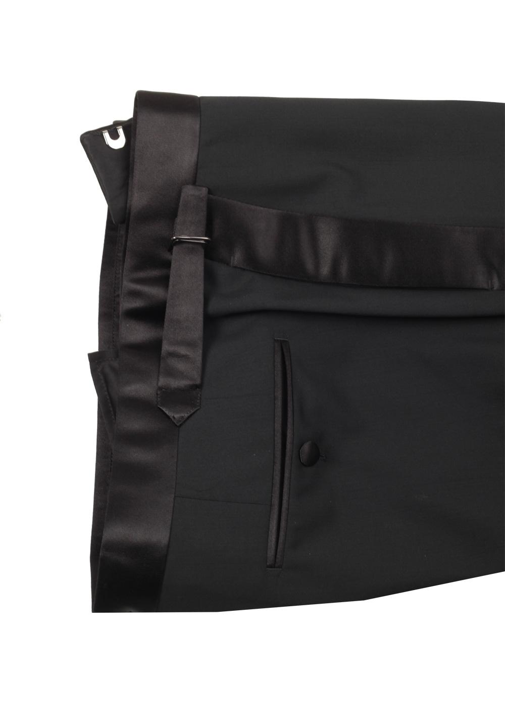TOM FORD Shelton Black Tuxedo Suit Size 48 / 38R U.S. | Costume Limité