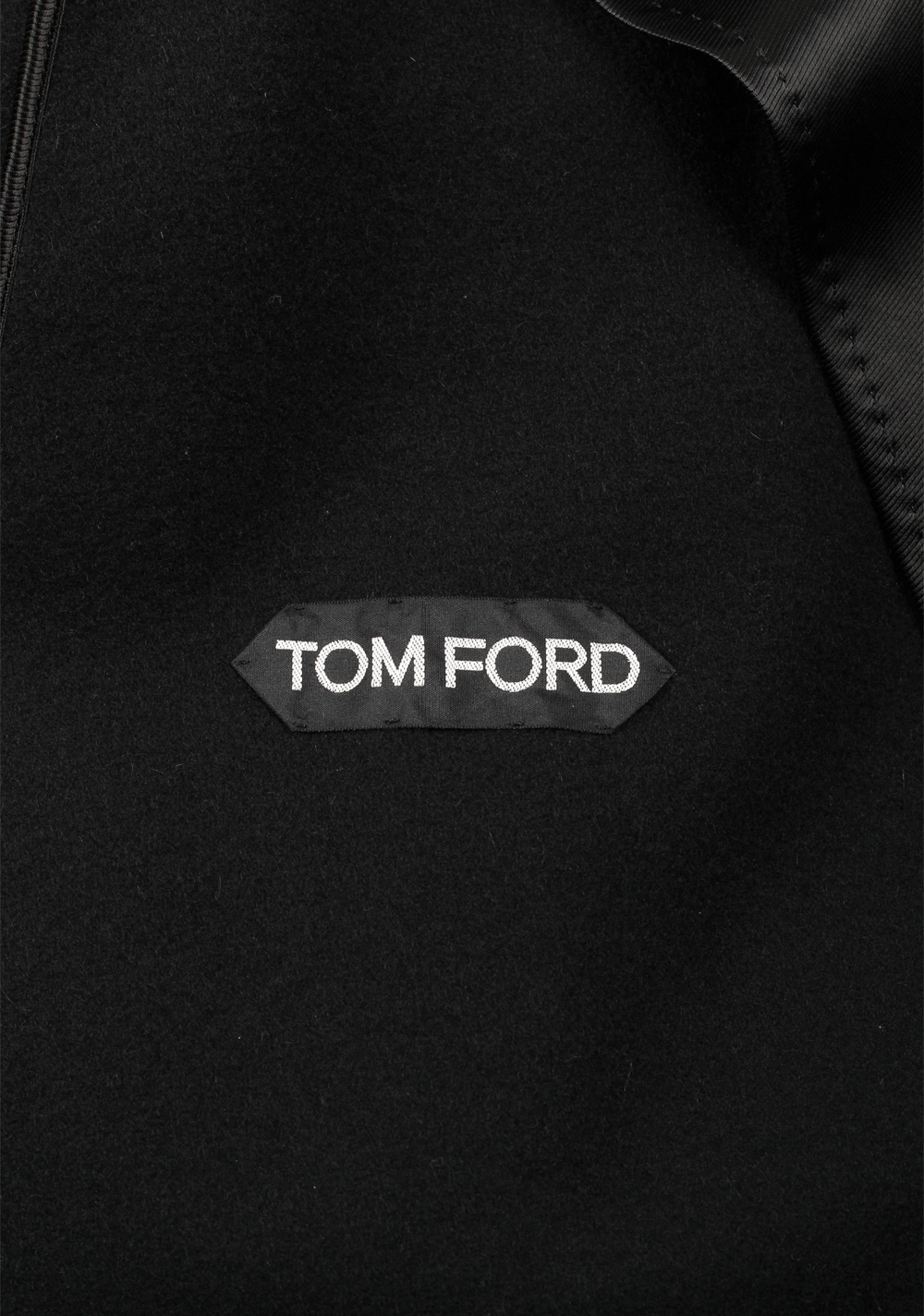 TOM FORD Shearling Trimmed Black Over Coat Size 56 / 46R U.S. Outerwear   Costume Limité