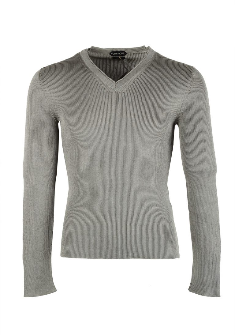 TOM FORD Gray V Neck Sweater Size 48 / 38R U.S. In Silk - thumbnail | Costume Limité