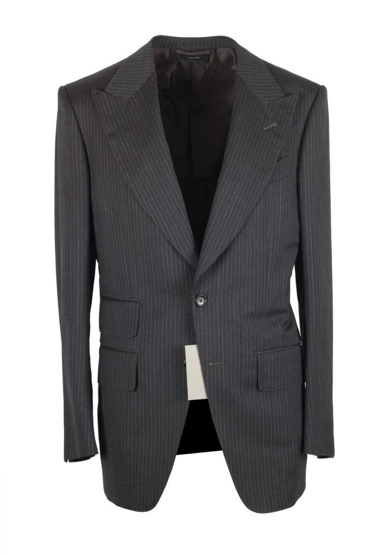 TOM FORD Atticus Gray Striped Suit Size 46 / 36R U.S. - thumbnail | Costume Limité
