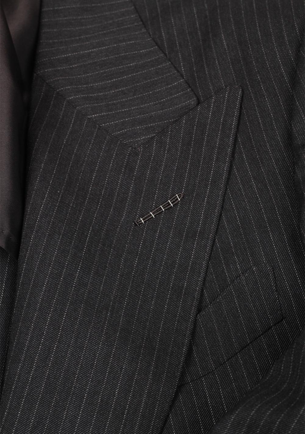 TOM FORD Atticus Gray Striped Suit Size 46 / 36R U.S.   Costume Limité